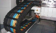 拖链电缆如何正确安装?拖链电缆使用安装方法及规范